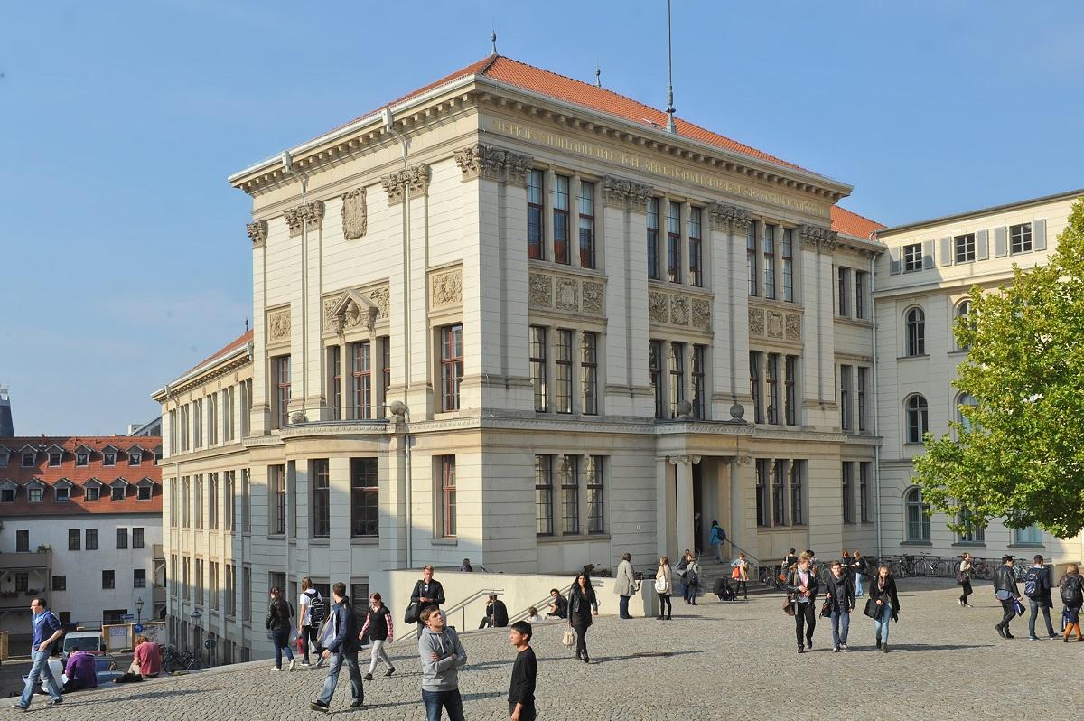 Martin-Luther-Universität Halle-Wittenberg - Melanchthonianum am Universitätsplatz Uni Halle / Foto: Markus Scholz