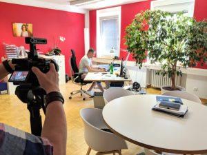 anyMOTION - Competentia - Interview Andreas - Dreh - Digitale Expertise - Kompetenzzentrum Frau und Beruf